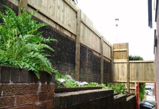 fencing install swansea